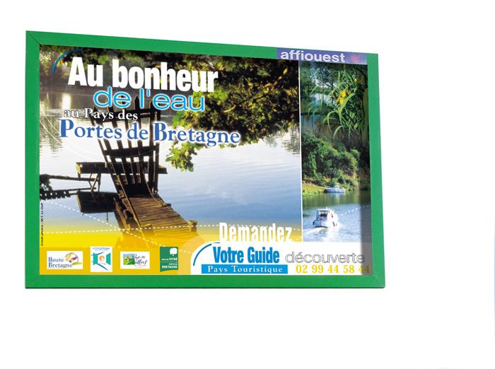 Affiche touristique Haute Bretagne Pays Vitré par Iconicité
