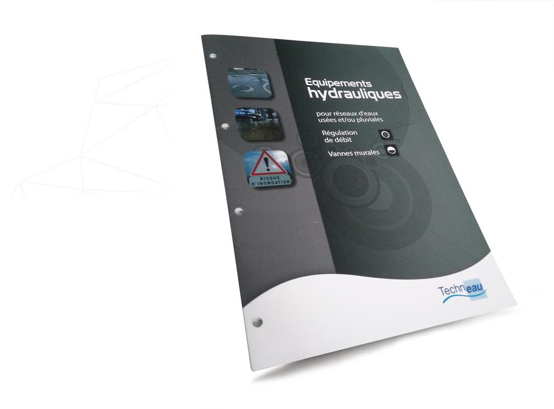 Réalisation catalogue industriel équipements hydrauliques par Iconicité graphiste à Annoville Manche